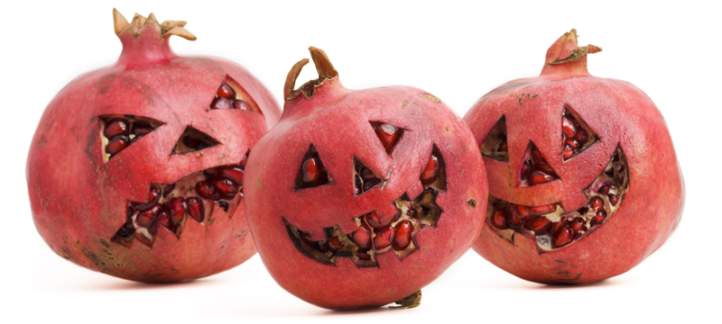 Halloween_Pomegranate1_dreamstimeextralarge_11387796