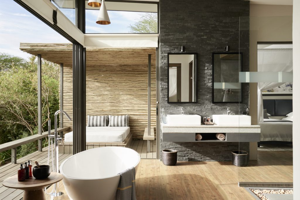 Geoffrey Kent Suite Bathroom