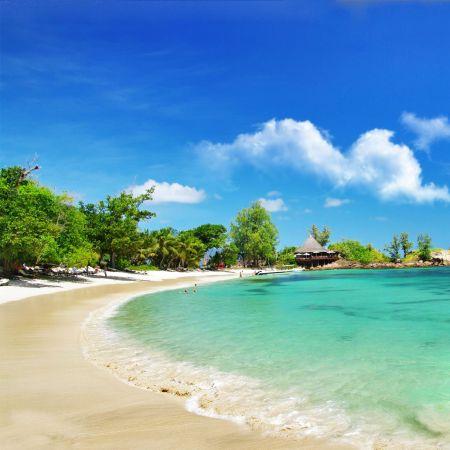 An empty beach on Praslin