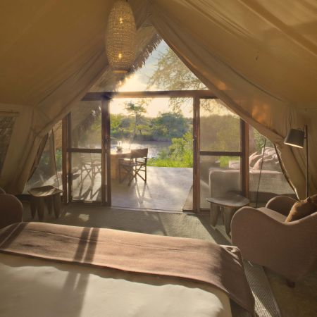 Enjopy the ultimate in romance and luxury at tented safari camp