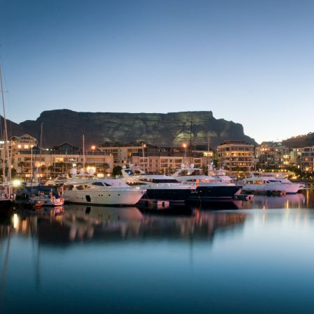 Table Mountain and the V&A Waterfront
