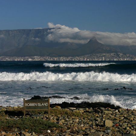 Looking back towards Cape Town from the shores of Table Mountain.