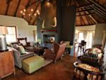 Guest Lounge , ©Hlosi Game Lodge